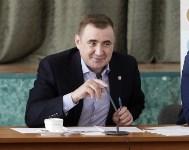 В Донском Алексей Дюмин вручил школе искусств сертификат на покупку домры, Фото: 12
