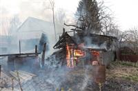 На Калужском шоссе загорелся жилой дом, Фото: 15