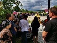 Жуткое ДТП в Суворове: проститься с погибшим полицейским пришли сотни человек, Фото: 16