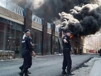 Загорелся недостроенный ТЦ на Красноармейском проспекте, Фото: 42