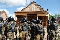 В Плеханово начали сносить дома в цыганском таборе, Фото: 131
