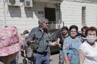 В Туле пенсионеры толпятся в огромной очереди на продление проездных, Фото: 12