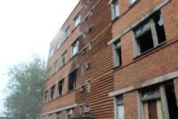 В Скуратово загорелось заброшенное училище, Фото: 15