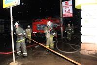 На ул. Оборонной в Туле сгорел магазин., Фото: 9