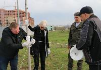 Надежда Школкина и Дмитрий Миляев высадили клены возле Ледового дворца, Фото: 12