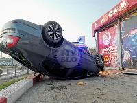 В Туле перевернувшаяся легковушка приземлилась у автомойки, Фото: 10