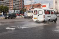 Возле роддома в центре Тулы забил фонтан, Фото: 4