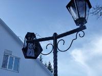 В Комсомольском парке посёлка Заокский испорчены новые фонари, Фото: 2