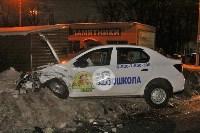 В Туле напротив кладбища «семерка» протаранила учебный Renault, Фото: 3