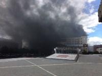 Загорелся недостроенный ТЦ на Красноармейском проспекте, Фото: 15