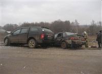 В Ленинском районе столкнулись внедорожник и ВАЗ-2115, Фото: 1