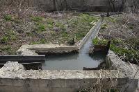 С заброшенных очистных канализация много лет сливается под заборы домов, Фото: 27