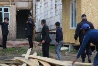 В тульском селе сносят незаконные цыганские постройки, Фото: 5