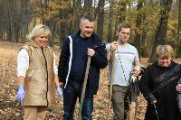 Депутаты Тульской областной Думы высадили яблони в Тургеневской усадьбе, Фото: 16