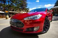 Владелец первого электромобиля Tesla рассказал, почему теперь не хочет ездить на других машинах, Фото: 1