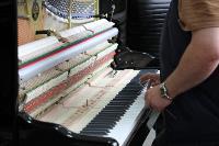Депутаты Тульской облдумы посетили производство музыкальных инструментов, Фото: 4