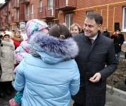 Губернатор Владимир Груздев вручил ключи от квартир новоселам в Узловском районе, Фото: 6