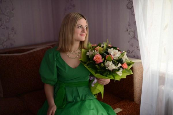 Девушка в зеленом.....