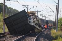 В Тульской области грузовой поезд сошел с рельсов, Фото: 46