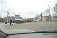 На Рязанской на дорогу рассыпалась гора кирпича, Фото: 8