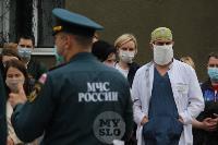 В Туле сотрудники МЧС эвакуировали госпитали госпиталь для больных коронавирусом, Фото: 2