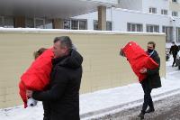 Депутаты Тульской облдумы подарили пациентам областной детской больницы новогодние подарки, Фото: 2