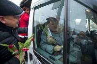 Пролетарский глава Сергей Шестаков поднял тулячкам настроение, Фото: 23