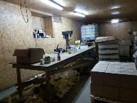 В Алексинском районе работал цех по производству поддельного алкоголя, Фото: 3