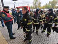 Тульские пожарные провели соревнования по бегу на 22-этаж, Фото: 34
