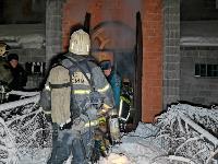В Туле пожарные вынесли из горящего особняка больную женщину, Фото: 8