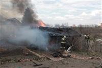 На Калужском шоссе загорелся жилой дом, Фото: 17