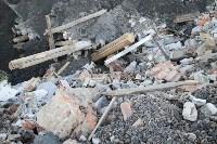 Незаконную свалку на берегу Тулицы спрятали под грудой земли, Фото: 28
