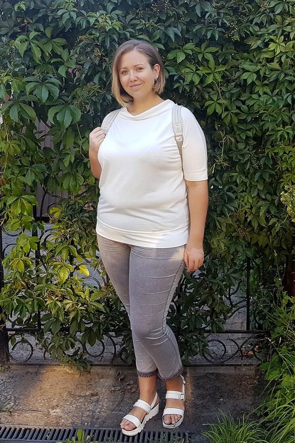 Оксана Зиборова, 29 лет. Рост 180 см, вес 130 кг.