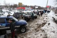 В Туле опрокинувшийся в кювет BMW вытаскивали три джипа, Фото: 33