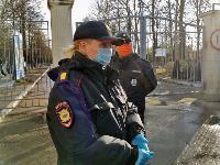 В Туле входы в храмы и на кладбища перекрыты полицией, Фото: 15