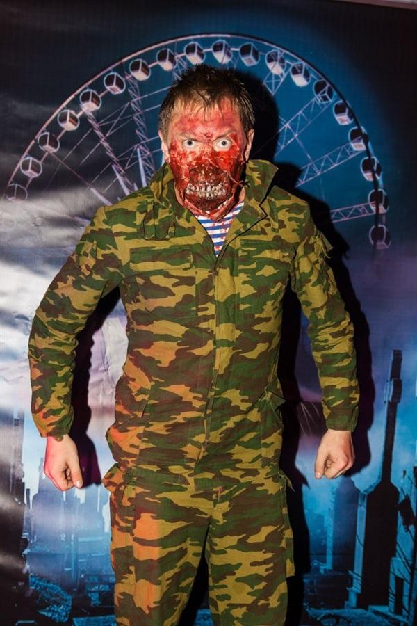 Восстание зомби!!!!!))))