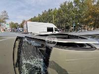 В Туле на ул. Оборонной Renault Logan после ДТП опрокинулся набок, Фото: 16
