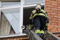Учения МЧС: В Тульской областной больнице из-за пожара эвакуировали больных и персонал, Фото: 7