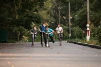 Туляки «погоняли» на самокатах в Центральном парке, Фото: 26