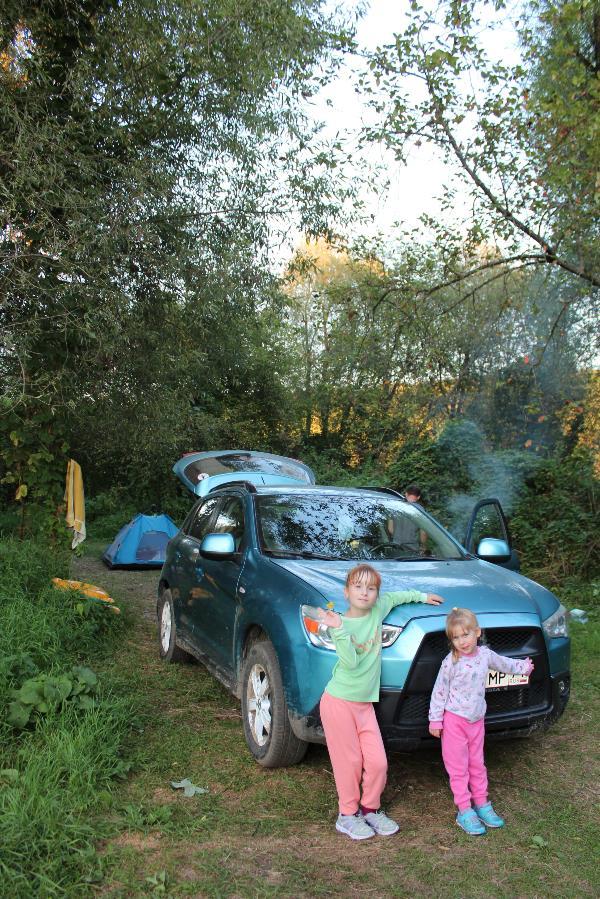 Семейный отдых с палатками