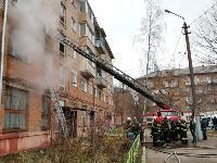 На улице Металлургов в Туле загорелась квартира , Фото: 14