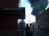 Загорелся недостроенный ТЦ на Красноармейском проспекте, Фото: 27