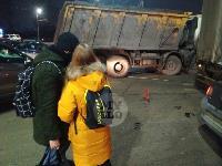 В Пролетарском округе Тулы пробка из-за ДТП с грузовиком и легковушкой, Фото: 5