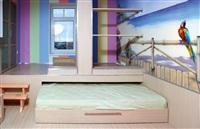 В детской кровать выдвигается из-под подиума. Хорошее решение для небольших комнат!, Фото: 4