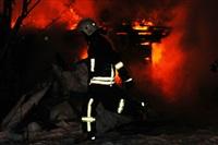 В Туле пожарные потушили сарай рядом с жилым домом, Фото: 2