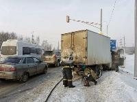 В Туле водитель бетономешалки и военные потушили горящую на трассе ГАЗель, Фото: 5