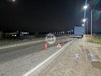 На выезде из Тулы BMW влетел в фуру: один человек погиб, Фото: 15