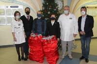 Депутаты Тульской облдумы подарили пациентам областной детской больницы новогодние подарки, Фото: 10