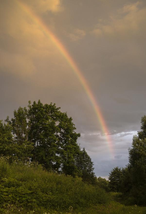 Вечерняя радуга.