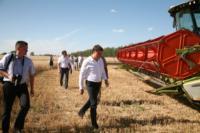 Владимир Груздев принял участие в уборочной кампании, Фото: 12